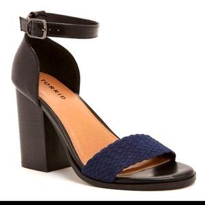 Torrid chunky square navy and black heel 9w